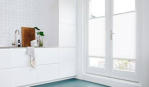 Pourquoi une store intérieur spécifique pour les fenêtres en PVC?
