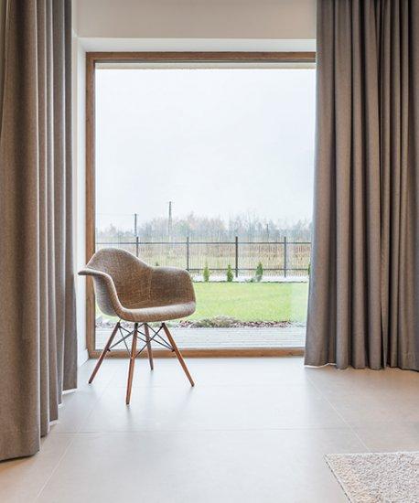 Parfait pour les fenêtres hautes et larges