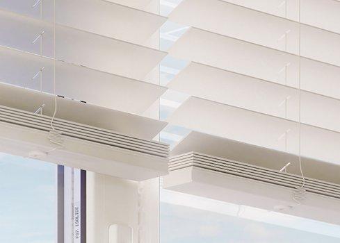 3. Accrochez de nouvelles décorations de fenêtre