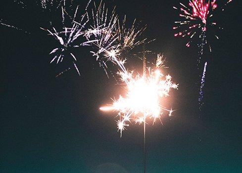 4. Commencez la nouvelle année en toute sécurité avec des décorations de fenêtre retardateurs de flammes